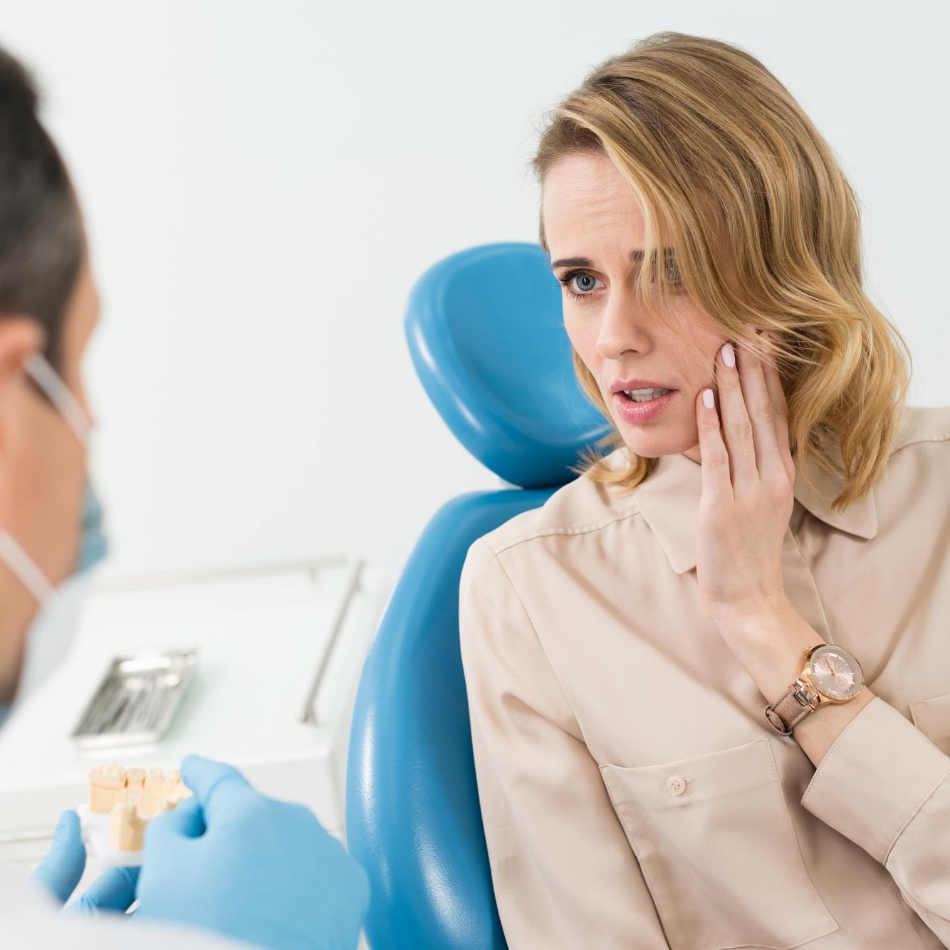 איך למנוע כאבים בשיניים